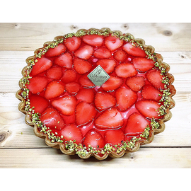 苺のダブルチーズタルト